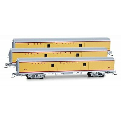 Micro-Trains 99400064 Union Pacific Baggage Passenger Car Three Pack Z Scale