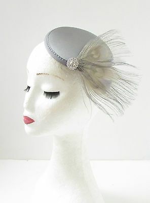 Grey Silver Peacock Feather Fascinator Hair Clip Headpiece Vintage Races 20s 345