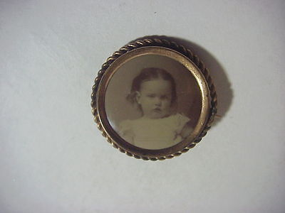 Antique VICTORIAN EDWARDIAN Gold Mourning PHOTO of Little Girl PIN BROOCH
