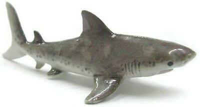 Northern Rose Miniature Porcelain Animal Figure Great White Shark Baby R160