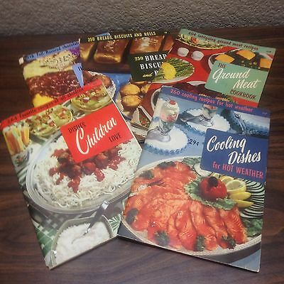 Lot of 5 CULINARY ARTS INSTITUTE Cook Booklets 1954-1956