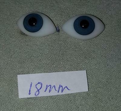 18FBLA Flat Pinched Blown Glass German French Doll Eyes Blue 18mm 18 mm 1 Pair