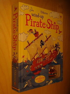 Usborne Wind-up Pirate Ship illustrated by Christian Fox Neuf Livre animé pirate