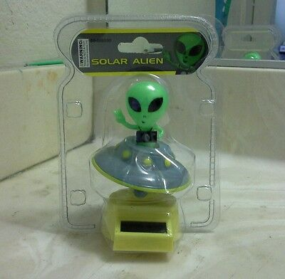 SOLAR POWER DANCING ALIEN (with his/her flying Saucer)...(●_●).(●_●).(●_●)..