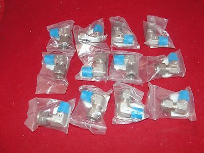 """Swagelok Elbow 3/8"""" Compression/ VCR to ¼ NPT Lot of 12 NEW"""