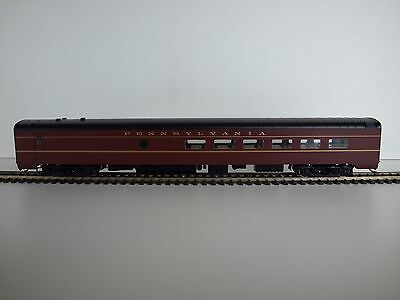 Walthers RTR HO 85' Pullman-Standard 48-seat Diner. PRR