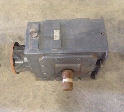 US Motors Series 2000 Gear Drive/Speed Reducer Ratio 56:1 Shaft 2-1/4