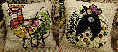 "16"" Simple Elegant Decorative Needlepoint Pillow - Abstract Design Rooster"