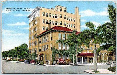 Fort Myers, Florida Postcard FRANKLIN ARMS HOTEL Street View Kropp Linen c1940s