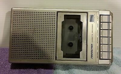 Vintage Soundesign Cassette Recorder.4366