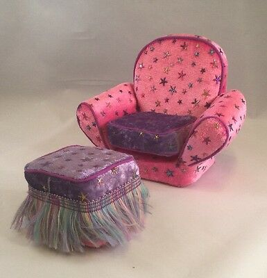 Lonely Hearts Club 2005 Doll Chair w/ Cushion & Matching Foot Stool EC