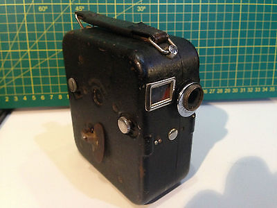 Pathé Baby Mondial B Motocamera 9.5mm movie camera 1930s Made in France