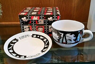 1995 Vandor Large Betty Boop Coffee Soup Mug cup & saucer plate