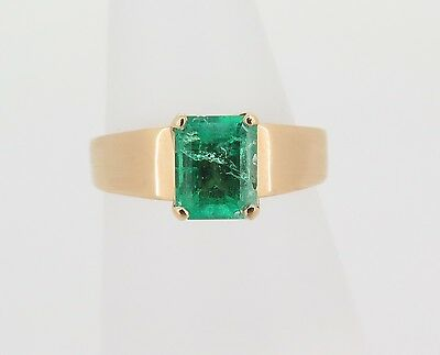 .handmade 18Ct Yellow Gold Ladies Emerald Dress Ring Val $3215