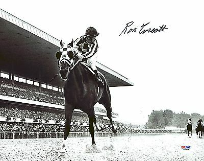Ron Turcotte 1973 Belmont Stakes Secretariat Signed 11X14 Looking Back Photo PSA