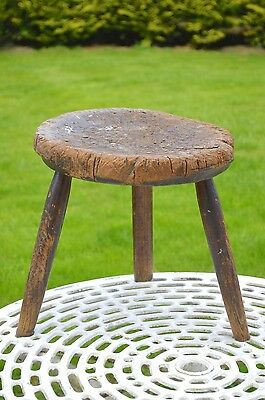 Antique Vintage Primitive Welsh Country Dairy Milking Stool