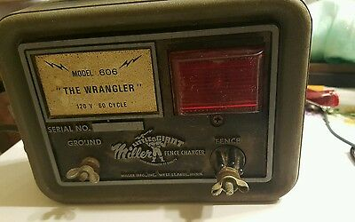 Montgomery Ward Electric Fence Charger Model 89 22758a