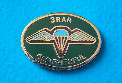 3 Rar Old Faithful Enamel & Gold Plated Lapel Badge 25Mm Wide Para Airborne Inf