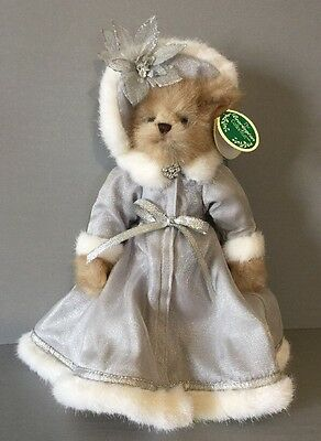 The Bearington Collection CECILLIA #1102 Holiday Bear 2007 Retired