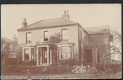 Unknown County Postcard - Large Detached House, Possibly London Area M535