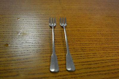 Distinction Deluxe Stainless By Oneida Cocktail Forks Set Of Two Vintage