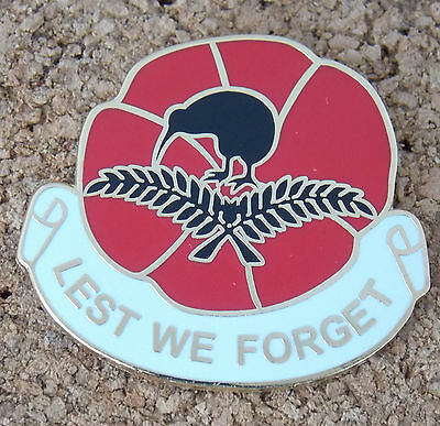 Lest We Forget Lapel Badge Remembrance New Zealand Somme Gallipoli Poppy