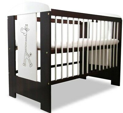BABY COT GIRAFFE WALNUT LUXURY BRAND NEW WITH FOAM MATTRESS 120 x 60 cm