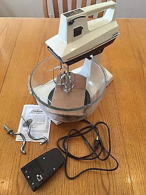Vintage Sunbeam Mixmaster 02156 12-Speed Double Functionality Hand/Stand Mixer