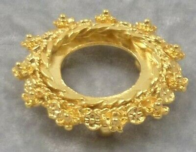 Wreath Gold Plated Stand