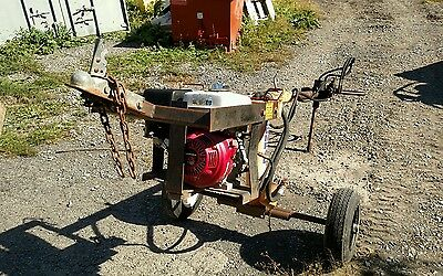 Compaq Towable tow behind post hole digger auger earth drill. Hydraulic power 9