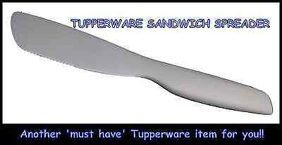 BNIP Tupperware Sandwich Spreader Butter Kids Knife Smooth & Serrated Edges SAFE