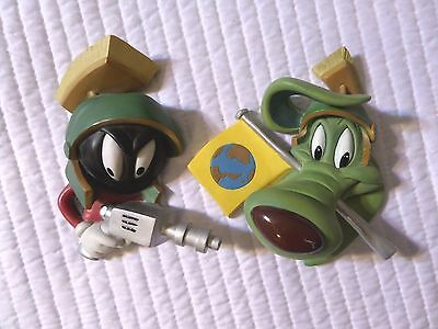 The Costume Collection - Commando Marvin Martian & K-9 Salute Limited Numbered