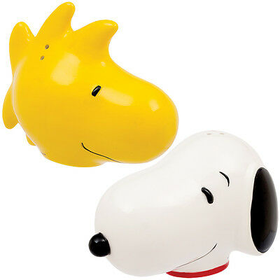 NEW Peanuts Snoopy And Woodstock Collectible Ceramic Salt & Pepper Shaker Set