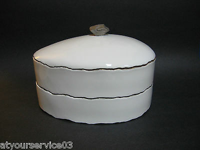 SHIGEKAZU NAGAE 2 Pc. Container & Lid Modern Studio Art Porcelain Seto Japan