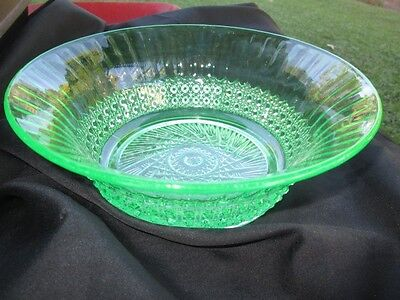 """Flute & Cane Radiant Imperial Green Depression Glass 8.5"""" Bowl"""