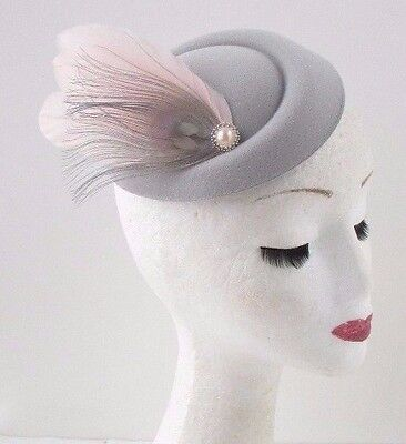 Blush Pink Grey Silver Feather Pillbox Hat Fascinator Hair Clip Races Vtg 664