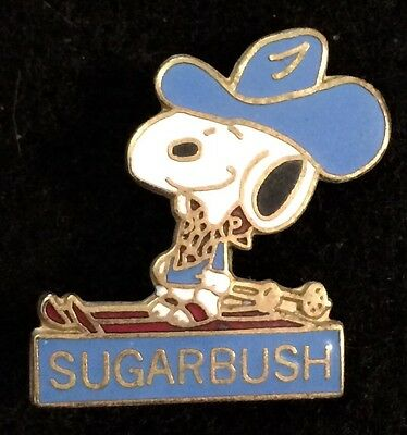 SUGARBUSH Valley SNOOPY Skiing Ski Pin Lapel VERMONT VT Souvenir Travel Resort