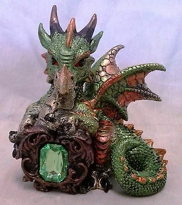 "Baby Dragon with ""Gem"" Statue-C"