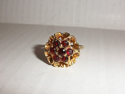Beautiful antique English Victorian Bohemian 9K Gold and Garnet Ring size 7