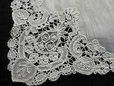 PRETTY Antique 1920s Lace HANDKERCHIEF Hankie DUCHESSE & BRUSSELS LACE Inserts