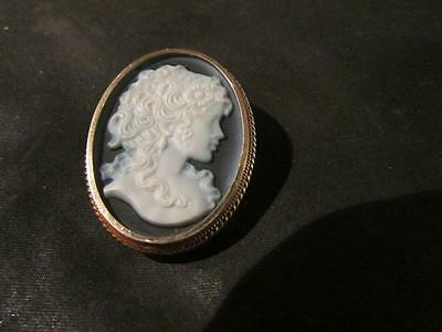 Beautiful Vintage Quality 9ct Gold Hardstone Cameo Brooch/Pendant