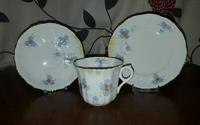 Vintage Victoria C&E English China Trio Tea Cup Saucer & Plate   (pt1)