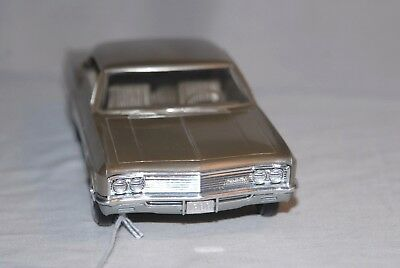 1966 Chevrolet Impala 1/25 scale, diecast by AMT from USA