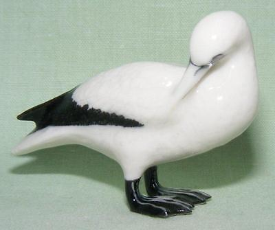 Klima Miniature Porcelain Bird Figure Northern Gannet Head Turned K312