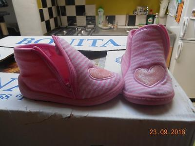 Chaussons pantoufles roses pointure taille maat grootte 21 TEX