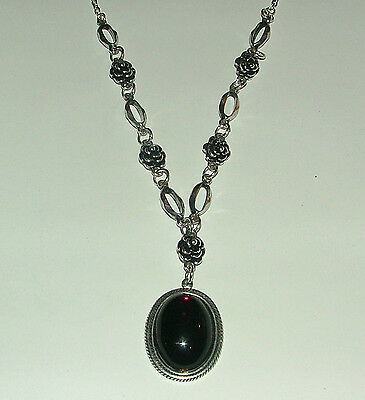 Victorian Style Deep Red Acrylic Crystal Silver Plated Rose Pendant Necklace