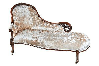19Th Century Victorian Carved Walnut Chaise Longue