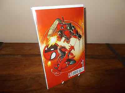 Spider-man / Deadpool #1 Hastings Variant Cover