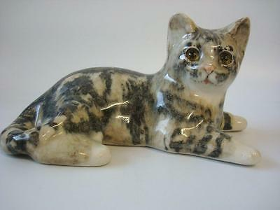 Winstanley Cat  Lying Cat Grey And White Size 3