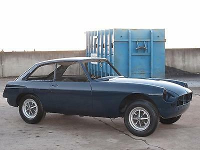 1970 H - MG B GT Coupe - Blue Royale